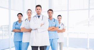 γιατροί, νοσοκόμοι, ιατρικές ειδικότητες