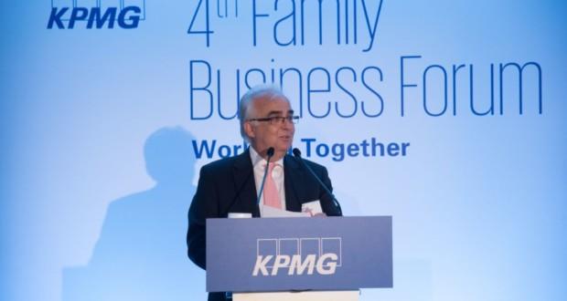Βαγγέλης Αποστολάκης, KPMG