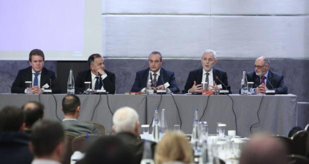 Πάνελ, παρουσίαση έκθεσης KPMG για την ελληνική ασφαλιστική αγορά 2018